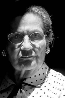 """30. Juni 2017: Simone Veil (89 Jahre)  Sie war eine französische Politikerin und Holocaust-Überlebende. Als Gesundheitsministerin kämpfte sie für das Recht auf Abtreibung. Nun ist Simone Weil verstorben.""""Möge ihr Beispiel unsere Landsleute inspirieren, die in ihr das Beste Frankreichs finden werden"""", schrieb Frankreichs Präsident Emmanuel Macron auf Twitter."""