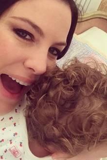 29. Juni 2017  Schauspielerin Liv Tyler freut sich riesig: Ihre Tochter Lula hat nun einen süßen Lockenkopf.