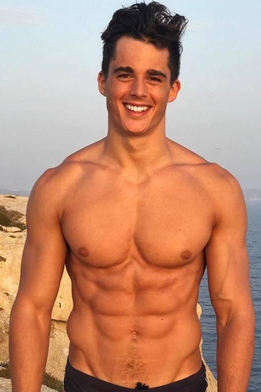 Instagram-Hotties: Diese Männer lassen unsere Herzen höher ...
