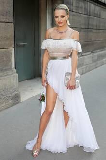 Zur Dior-Party in Paris erschien Social-Media-Star Caroline Vreeland in einem luftigen Kleid, welches ihr mächtig zum Verhängnis wurde ...