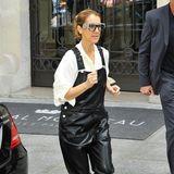 Bewegung tut gut! In der schwarzen Leder-Latzhose von Givenchy zur weißen Bluse von Celine und Perlenpumps aus der Kollaboration von Kanye West mit Guiseppe Zanotti joggt Celine ganz locker zu ihrer Limo.