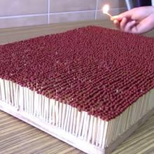 Lauffeuer: Das Feuer-Domino ist der neueste Hype im Internet
