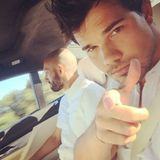"""Twilight-Star Taylor Lautner gratuliert mit einem Selfie aus dem Auto: """"Frohen vierten Juli."""""""
