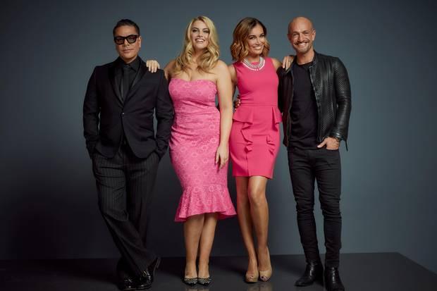 """Zusammen mit Carlo Castro, Jana Ina Zarella und Peyman Amin (v.l.n.r.) sucht Angelina Kirsch ab dem 17. Juli 2017 wieder das """"Curvy Supermodel"""" auf RTL II."""