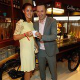Kickbox-Weltmeisterin Marie Lang und ihr Trainer Mladen Steko genießen einen aufmunternden Kaffee von Melitta.