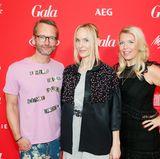 Die Gastgeber des GALA Fashion Brunchs 2017: GALA-Modechef Marcus Luft, GALA-Chefredakteurin Anne Meyer-Minnemann und Brand Solutions Director Astrid Bleeker freuen sich über das Staraufgebot im Hotel Ellington.