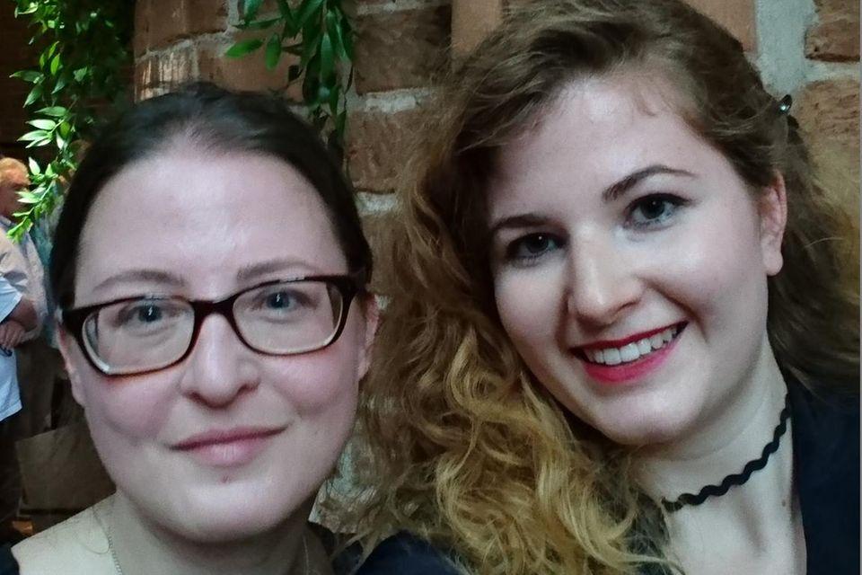 Wir waren für Sie live vor Ort vor und in der Marktkirche: Claudia und Lisa-Marie