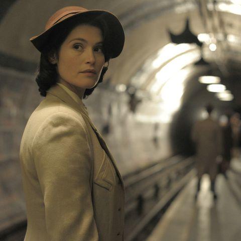 """Gemma Arterton als Catrin Cole in """"Ihre Beste Stunde"""""""