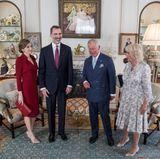 Vor dem Gläschen Wein mit der Queen, gibt es am Nachmittag erst einmal ein Tässchen Tee mit Prinz Charles. Er hat gemeinsam mit Herzogin Camilla zur Teatime geladen und empfängt seine Gäste im eigenen Zuhause, dem Clarence House.