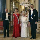 12. Juli 2017  Juwelen, Diademe, Kleider - am Abend wird es im Buckingham Palace extrem glamourös. Die Königinnen und ihre Ehemänner haben sich für ein Staatsbankett besonders elegant gekleidet und ihre Hochkaräter aufgesetzt beziehungsweise angesteckt.