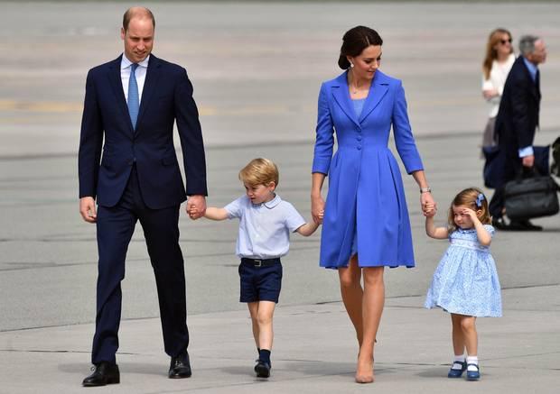 Принц Уильям с семьей