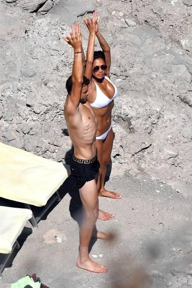 Das sieht schon besser aus: Nicole Scherzinger folgt den genauen Anweisung ihre Freundes Grigor und macht dabei zunehmend eine gute Figur.