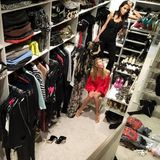 Es scheint, als wolle Heidi Klums Freundin bald vor lauter Auswahl verzweifeln. Es ist aber auch wirklich bemerkenswert, wie viele Kleidungsstücke und Accessoires das Supermodel über die Jahre angesammelt hat.