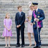 Und weil es so schön war: Noch ein Foto der farblich perfekt harmonierenden Familie. Alles Gute nach Belgien!