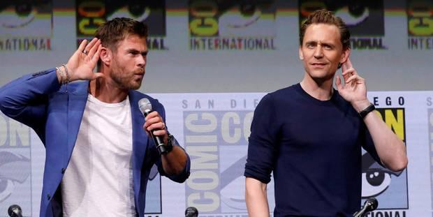 """Thor (Chris Hemsworth) und Loki (Tom Hiddleston) heizen den Fans auf der Comic-Con bei der Präsentation ihres neuen Films """"Thor: Ragnarok"""" in San Diego ordentlich ein."""