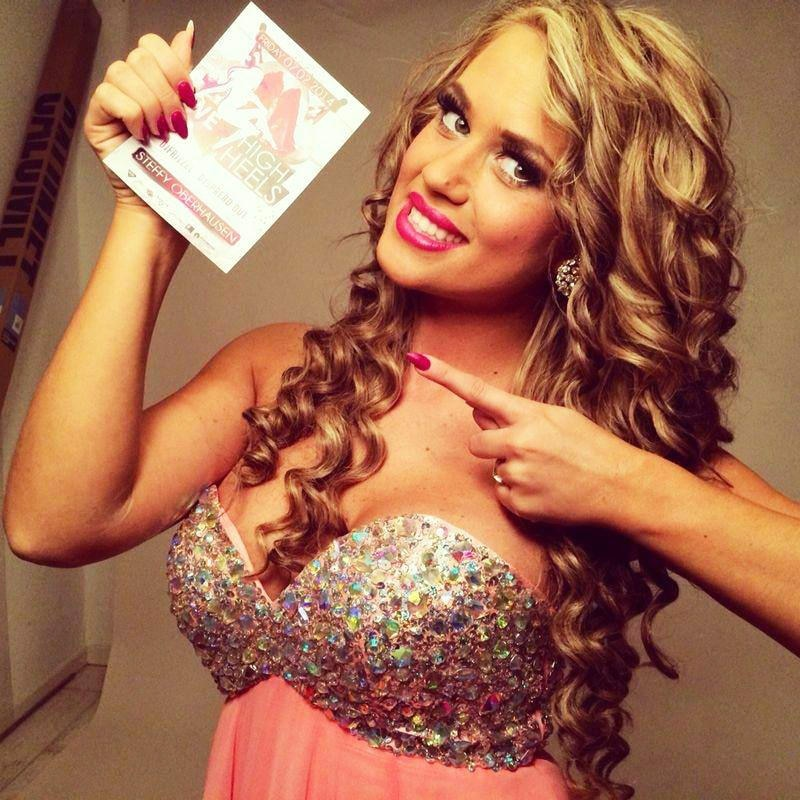 Pink war 2014 eine DER Lieblingsfarben von Jessica Paszka