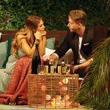 28. Juni 2017  In der Nacht der Rosen ziehen sich Jessica und David für eine intimes Gespräch zurück.