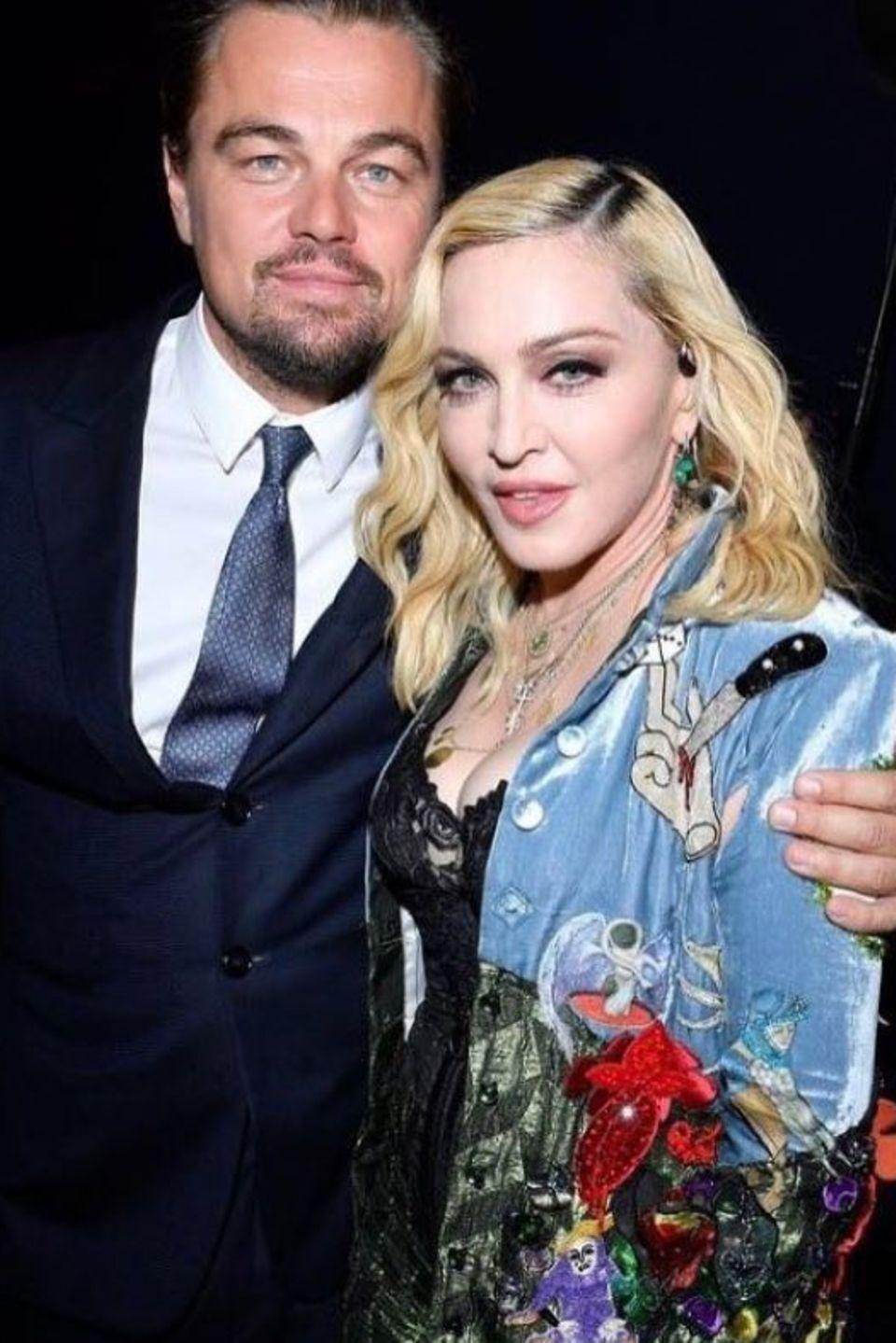 27. Juli 2017  Auch Madonna postet ein Selfie von der Gala mit dem Mann der Stunde: Umweltschützer Leonardo DiCaprio.