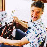 26. Juli 2017  Schiff ahoi! Mit einem lustigen Foto grüßt Bayern-Star Thomas Müller aus Singapur.