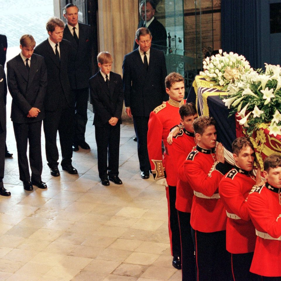Prinz William, Earl Spencer, Prinz Harry, Prinz Charles