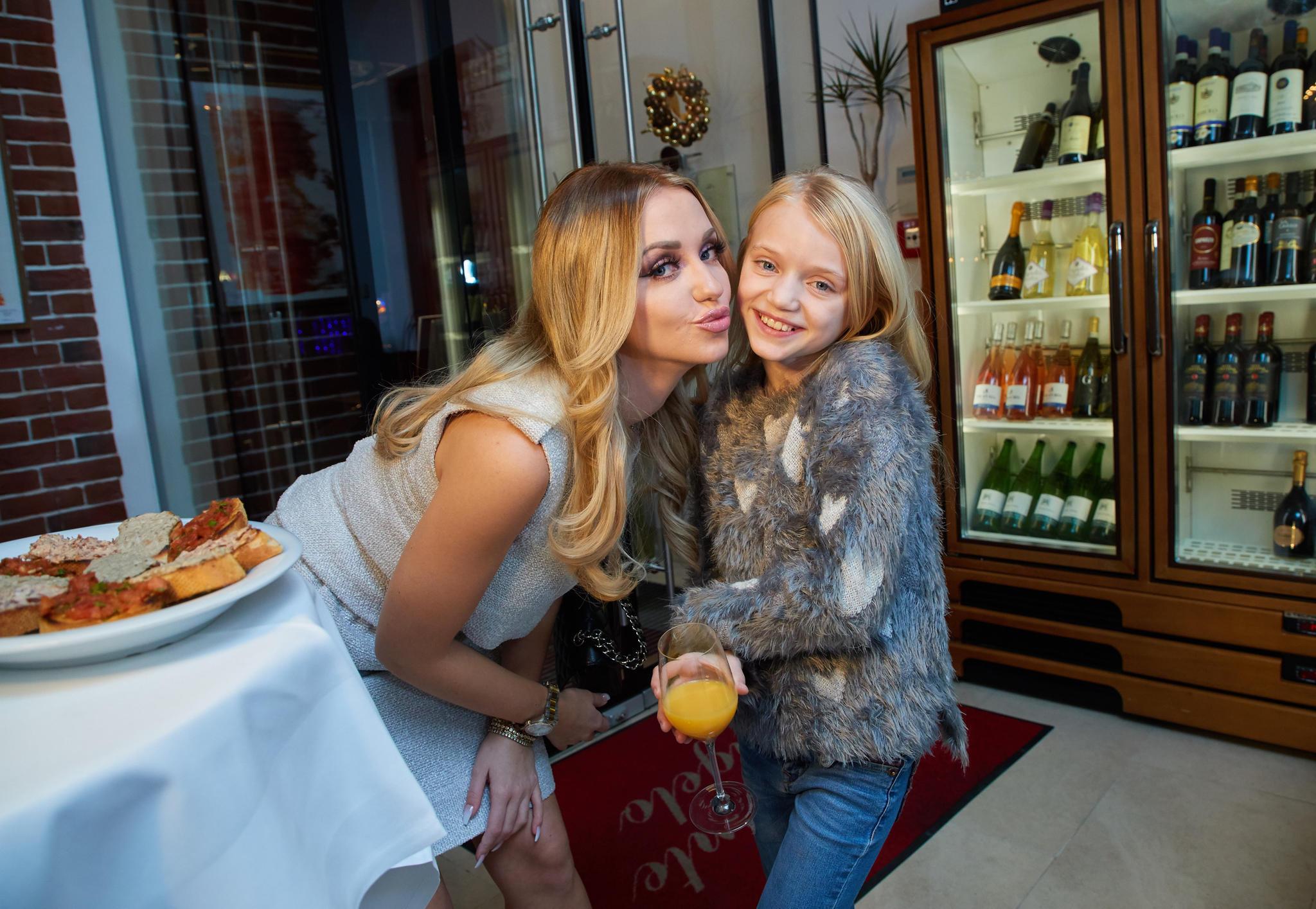 Cathy Lugner mit Tochter Leonie