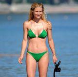 Denn ihre 40-jährige Mutter Michelle Hunziker kann mit diesem Body ganz locker mithalten und präsentiert sich stets sexy und in Topform am Strand.