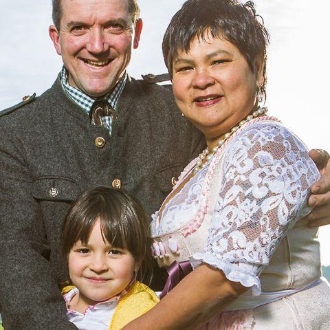 Josef und Narumol mit Tochter Jorafina