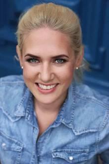 """Sarah Knappik (30)  Das Modelist auf Konfliktsituationen mit ihren Mitbewohnern vorbereitet: """"Ich bin brutal, aber nur verbal (lacht). Ich kann gut meine Meinung sagen und kontern. Wenn sich Konflikte ergeben bin ich niemand der wegguckt – auch im echten Leben nicht."""""""