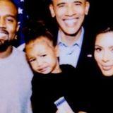 """4. August 2017  Zum Geburtstag des ehemaligen Präsidenten Barack Obama, teilte Kim Kardashian ein Foto von ihrer jungen Familie und dem Geburtstagskind. """"Wir vermissen dich"""", postete Kim zum Foto."""