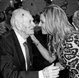 """8. August 2017: Jorge Zorreguietas (89 Jahre)   Zweimal musste Königin Máxima der Niederlande ihren Familienurlaub unterbrechen, um zu ihrem kranken Vater zu reisen. Nun bestätigen sich alle schlimmen Vermutungen: Jorge Zorreguieta ist tot. Wie das niederländische Königshaus gegenüber """"Reuters"""" bekanntgab, erlag der 89-Jährige am achten August in Buenos Aires seiner schweren Krankheit. Er litt an Lymphdrüsenkrebs."""