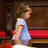 Als es ihr dort aber auch zu öde wird, beschließt Amalia, nach mehr Action zu suchen und beginnt ihre Entdeckertour durch den Petersdom.