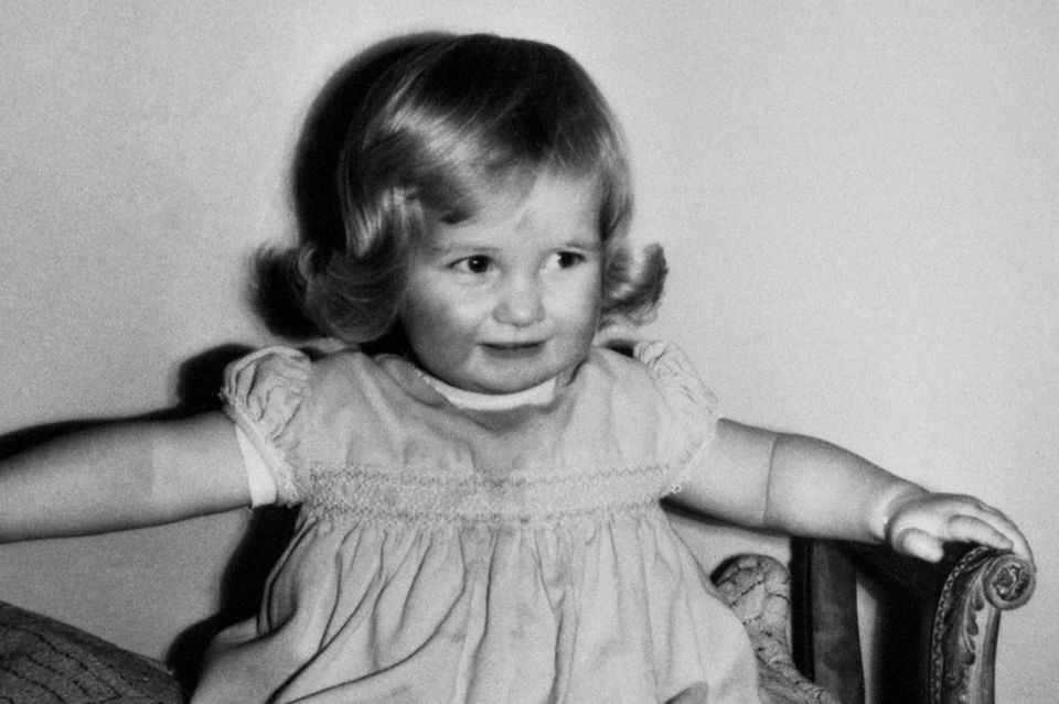 Diana mit 2 Jahren