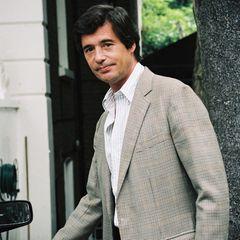 Oliver Hoare:Die Affäre mit dem Kunstexperten und Prinz- Charles-Freund datiert Diana- Biografin Tina Brown auf 1992.  Die Prinzessin habe alles dafür getan, Oliver Hoare zu gewinnen. Sogar von einem Leben in Italien habe sie geträumt. Der damals 47-Jährige blieb jedoch bei seiner Frau.