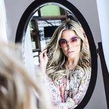 Sylvie Meis versprüht mit dieser stylischen XL-Sonnenbrille 70ies-Glam pur.