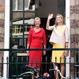 24. August 2017  Mit bester Laune kommt Königin Máxima zum 650-jährigen Jubiläum des Bartholomeus Gasthauses in Utrecht.
