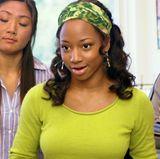 Monique Coleman  In ihrer Rolle als Taylor McKessie ist Monique Colemans kaum zu übersehen. Ihr Markenzeichen: auffällige Farben und ganz besonders ein dazu passendes Haarband.