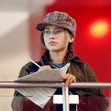 """Olesya Rulin  Olesya Rulin aliasKelsi Nielsen versteckt sich in """"High School Musical"""" meist hinter ihrer Brille und ihren Notenblättern sowie unter einer Mütze und zählt damit nie zu den angesagten Kids."""