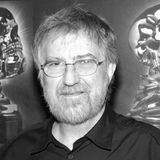 "26. August 2017: Tobe Hooper (74 Jahre)  Der Horrorfilm-Regisseur (""Texas Chainsaw Massacre"") Tobe Hooper ist im kalifornischen Sherman Oaks im Alter von 74 Jahren gestorben."