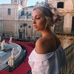 """Prinzessin Maria-Olympia von Griechenland  Bei Maria-Olympia liegt die Redewendung """"schön wie eine griechische Göttin"""" ziemlich nah: Sie ist nicht nur Prinzessin von Griechenland (und Dänemark) sondern auch noch so hübsch, dass bereits Labels wie Dolce & Gabbana Interesse an ihr zeigen."""