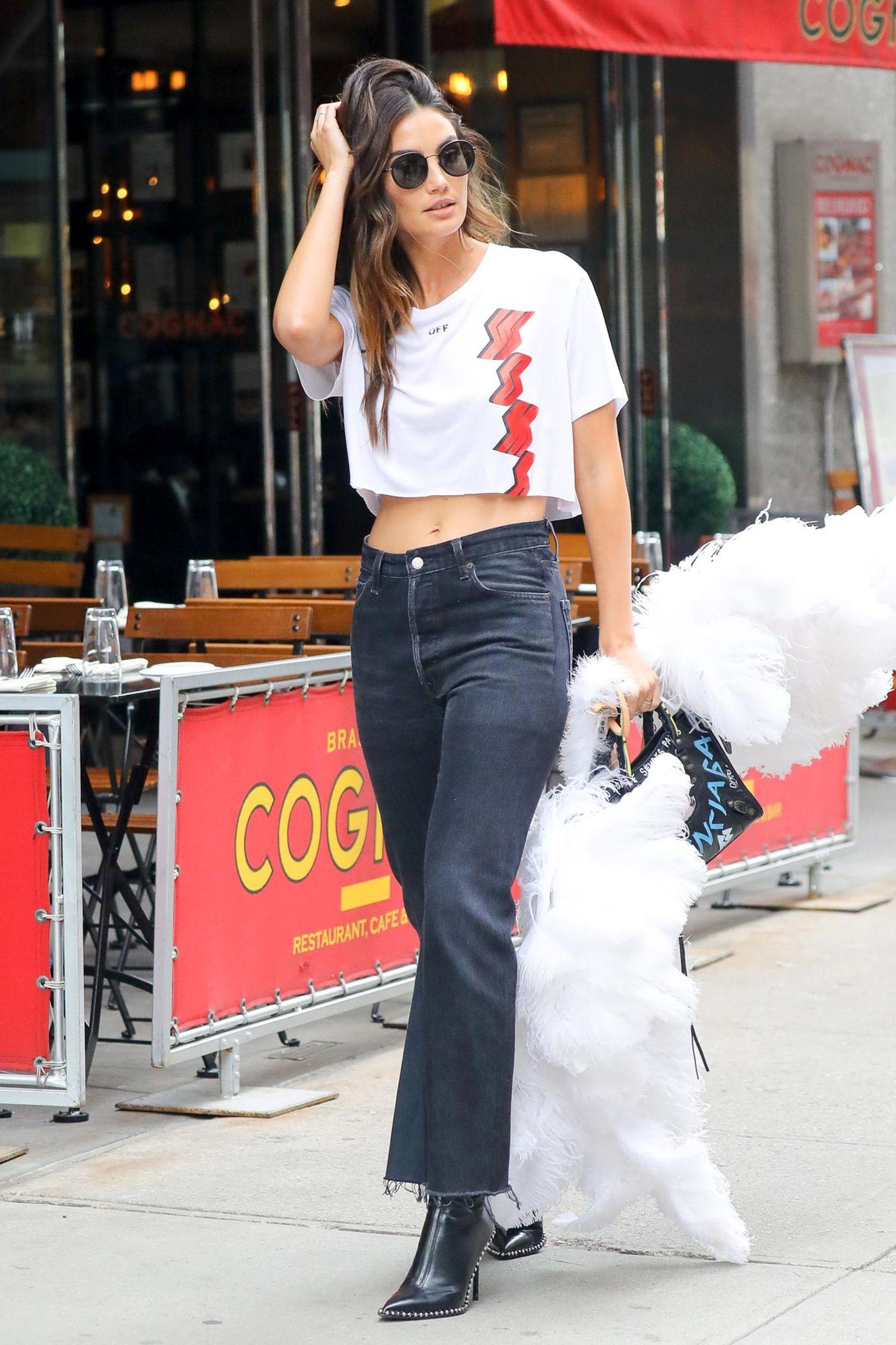 """Auch Lily Aldridge ist dieses Jahr wieder dabei. Die schöne Amerikanerin arbeitet seit 10 Jahren für """"Victoria's Secret"""" und gehört seit 2010 zum erlesenen Kreis der Engel."""