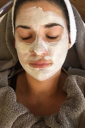 Eine Maske zum Abschluss sorgt für die perfekte Pflege.