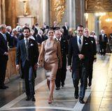 4. September 2017  Prinz Carl Philip, Prinzessin Victoria und Prinz Daniel folgen dem Königspaar in der beeindruckenden Kirche. Wegen der Geburt darf sich Prinzessin Sofia selbstverständlich schonen und kann deshalb nicht anwesend sein.