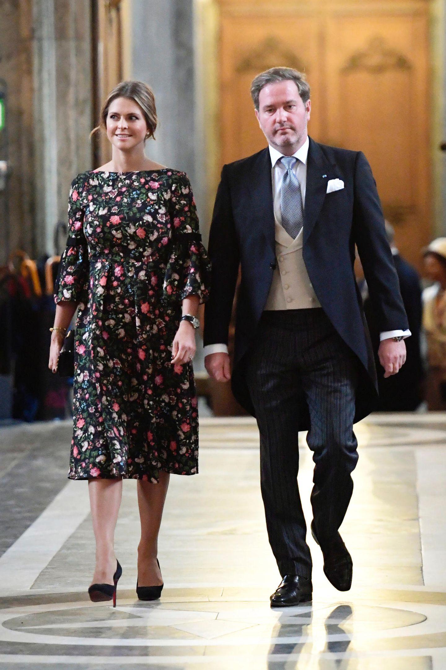 4. September 2017  Der Star der Veranstaltung dürfte aber Prinzessin Madeleine sein. Mit Ehemann Chris O'Neill zeigt sich die langsam sichtbar schwangere Schönheit gut gelaunt und strahlend.
