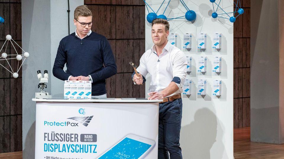 """""""Protect Pax""""-Gründerduo Pascal Buchen und Anthony Filipiak"""