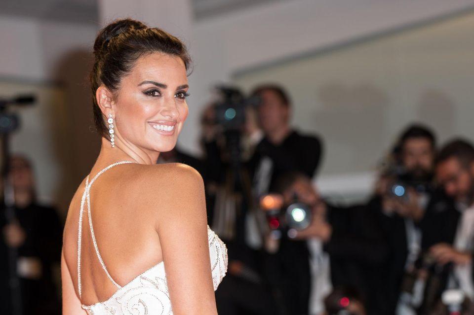 Das wohl schönste Lächeln auf dem roten Teppich:Penélope Cruz bezaubert bei den Filmfestspielen in Venedig.