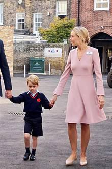 Prinz William, Prinz George und Schulleiterin Helen Haslem