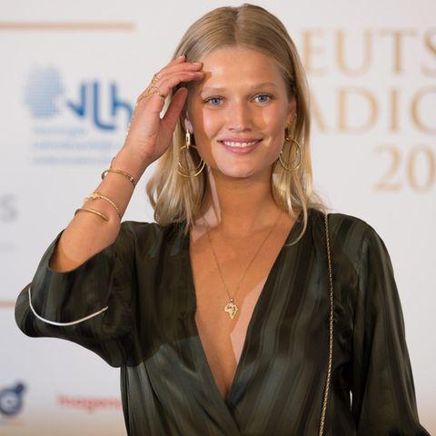 """Toni Garrn zu Gast beim """"Deutschen Radiopreis 2017"""" in Hamburg"""