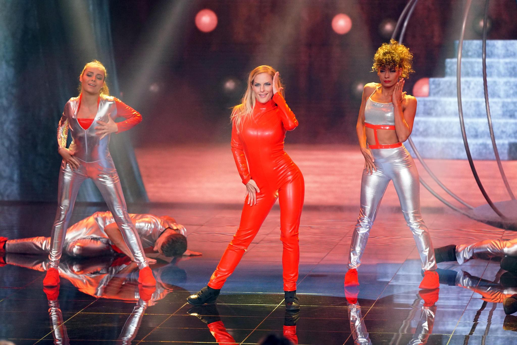 Dance Dance Dance 2017 So Heiß Startet Die Neue Staffel Galade