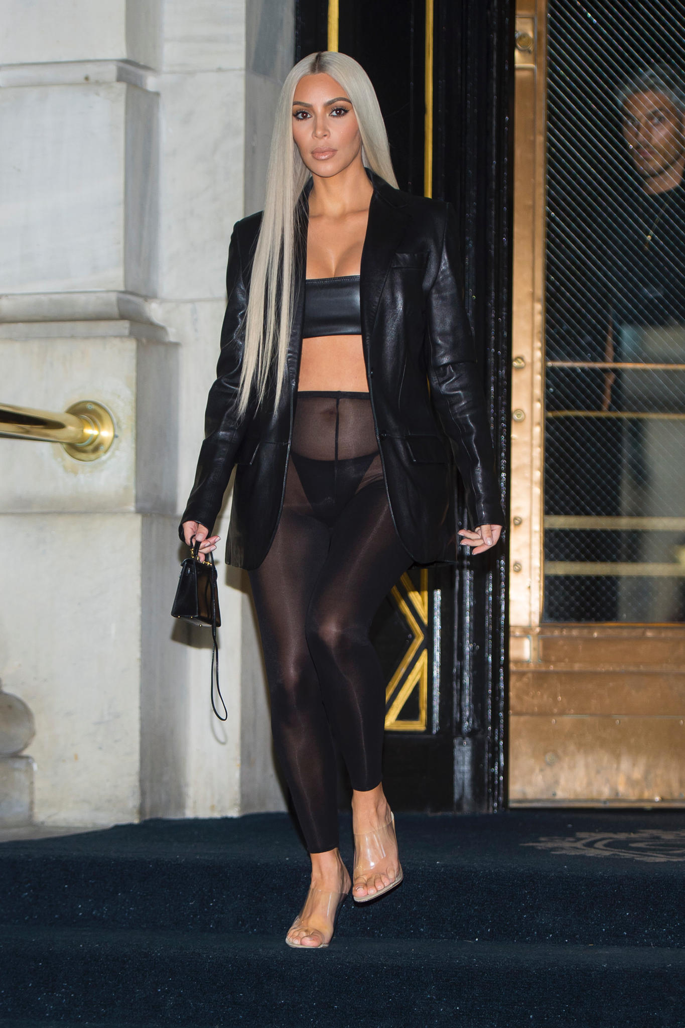 Fashion Looks Fotos Der Kleider Von Kim Kardashian S
