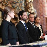 Während des Gottesdienstes sitzen die vier Schweden anschließend zusammen und geben mal wieder ein tolles Bild ab.